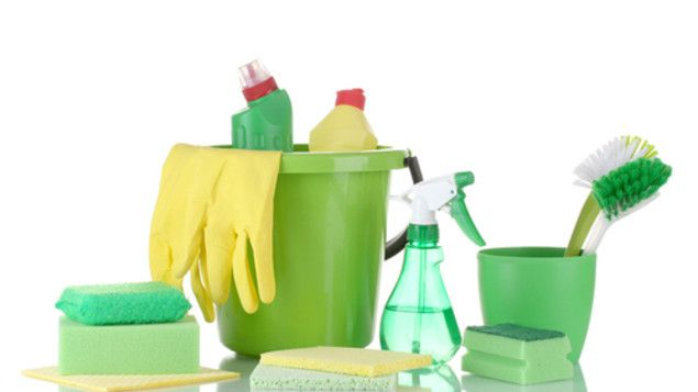 5 common household products to clean green
