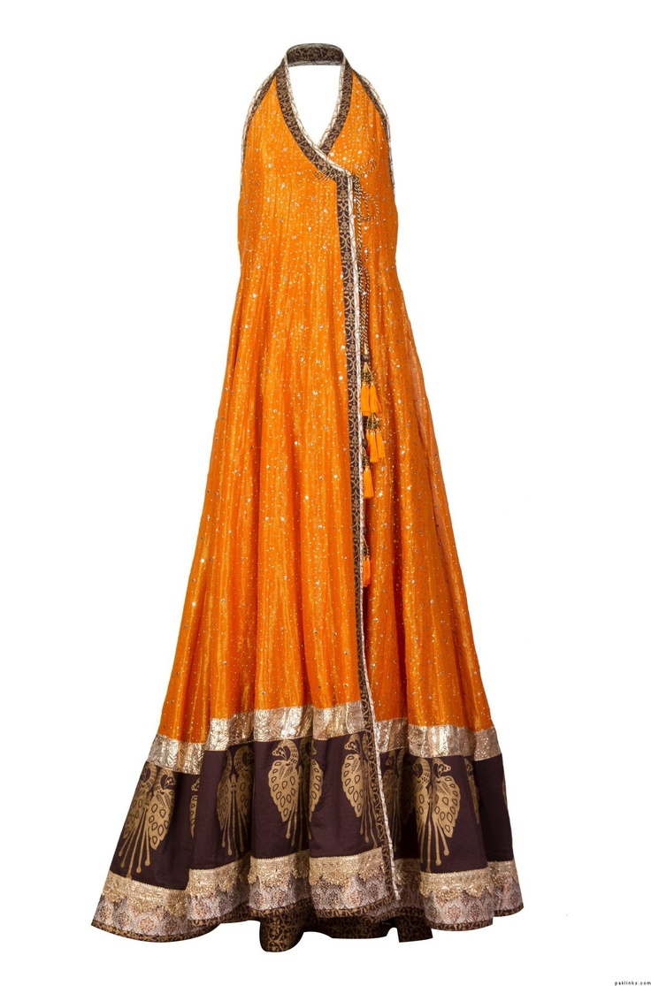 #Mehndi colours combination for dress -the heavy border and lighter topp -Andrakha style neckline  nida azwer @Af's 7/4/13
