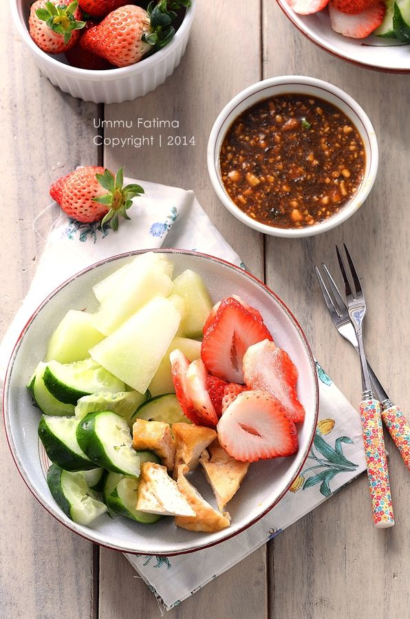 Simply Cooking and Baking...: Rujak Manis