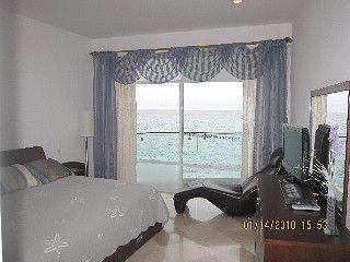 Piso para 6 personas Alquiler de vacaciones en Cancún de @homeaway! #vacation #rental #travel #homeaway