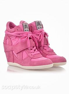 EastEnders Roxy Mitchell (Rita Simons) // Roxy's Pink Hi-Tops - Multiple Episodes 2015 [ Click photo for details ❤ ]