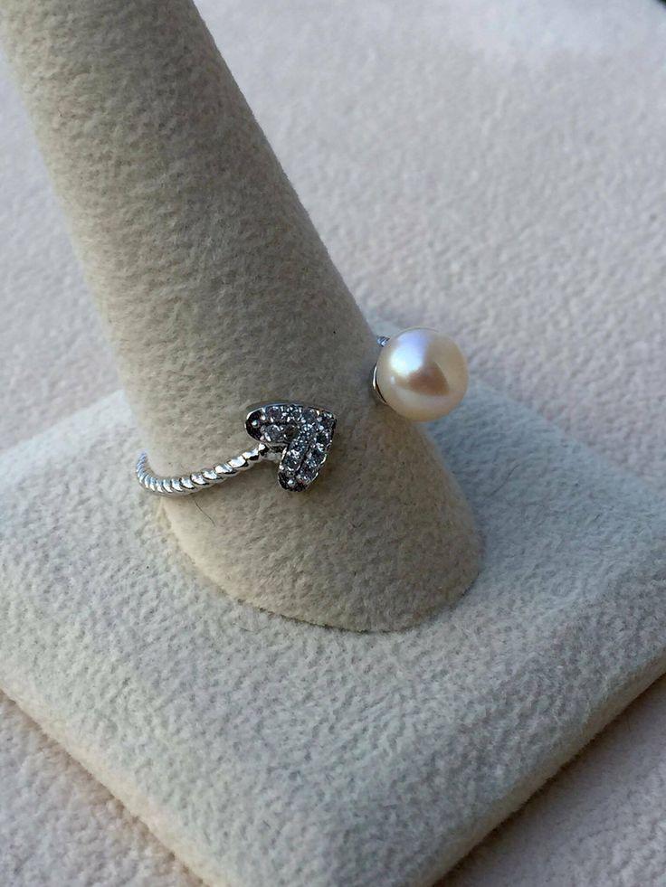 Heart Rope Wrap Ring Vantel Pearls
