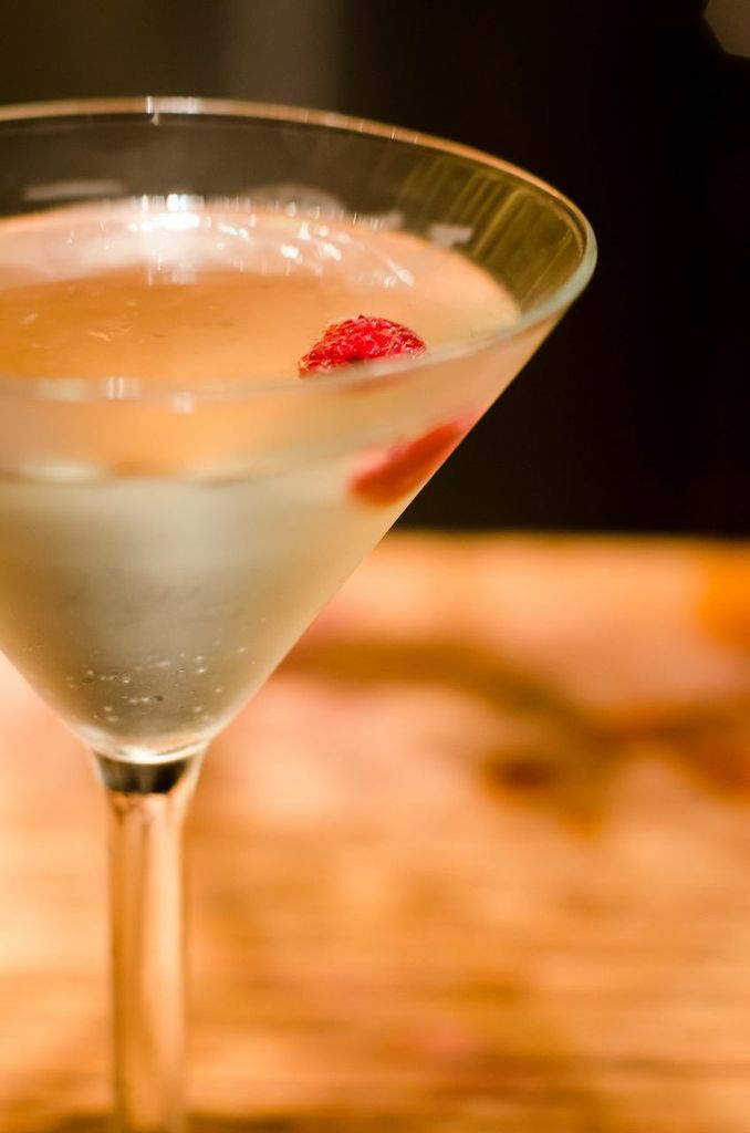 17 best images about cocktails on pinterest ryan gosling for Pear vodka mixed drinks