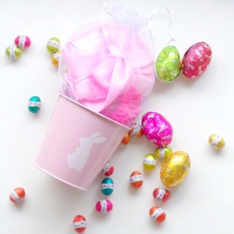 Easter is just around the corner! Why not surprise your little miss with one of our pamper packs
