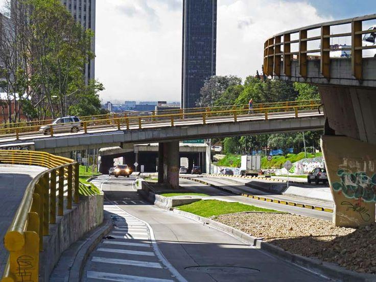 8. Puentes de la Calle 26 a la altura de La Biblioteca Nacional de Colombia.