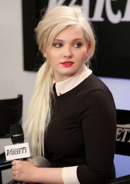 Abigail Breslin Hair