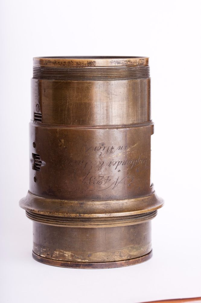 FAKE Daguerreotype era  Voigtländer lens of the 1850s.  RARE item