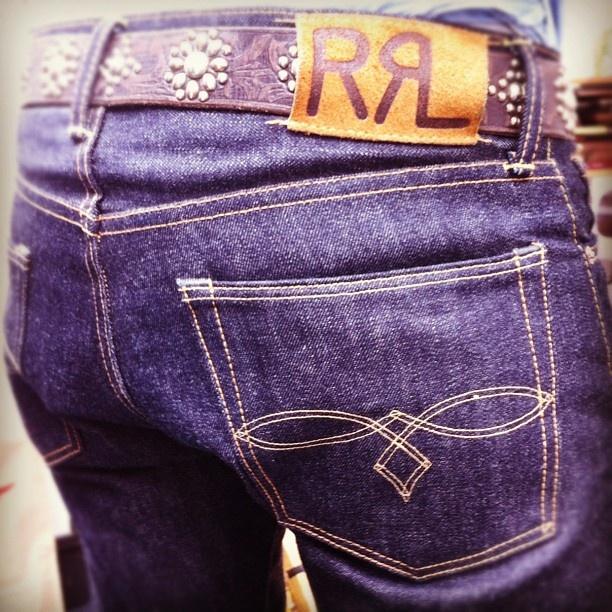 My new winter #denim project! #rrl Low Straight - 15,5 oz Japanese denim. Celebrating 'shrink-to-fit' #jeans #ralphlauren #belt #workwear #indigo