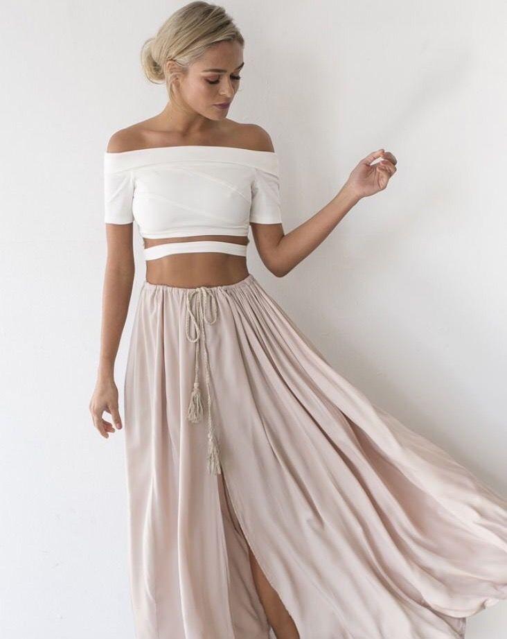 Retrouvez une sélection de vêtements sur dariluxe.fr et n'hésitez pas à nous suivre sur Facebook et Instagram !