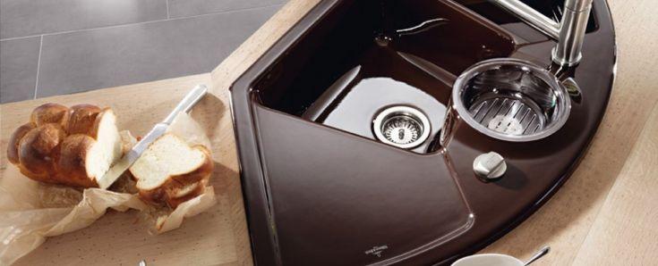 Компактные угловые мойки для кухни