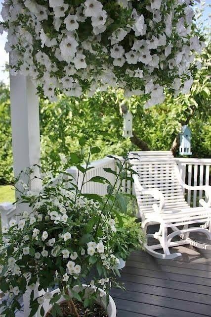Stunning southern porch
