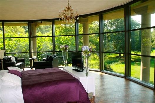 Villa Odyssea, Bed and Breakfast in Bergen nh, Noord-Holland, Nederland | Bed and breakfast zoek en boek je snel en gemakkelijk via de ANWB