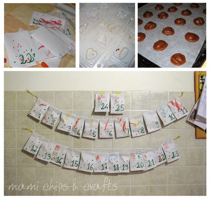 DIY small paper envelopes containing a cookie each. This is the handmade advent calendar from mami chips & crafts: appena in tempo...ecco il calendario del monello!