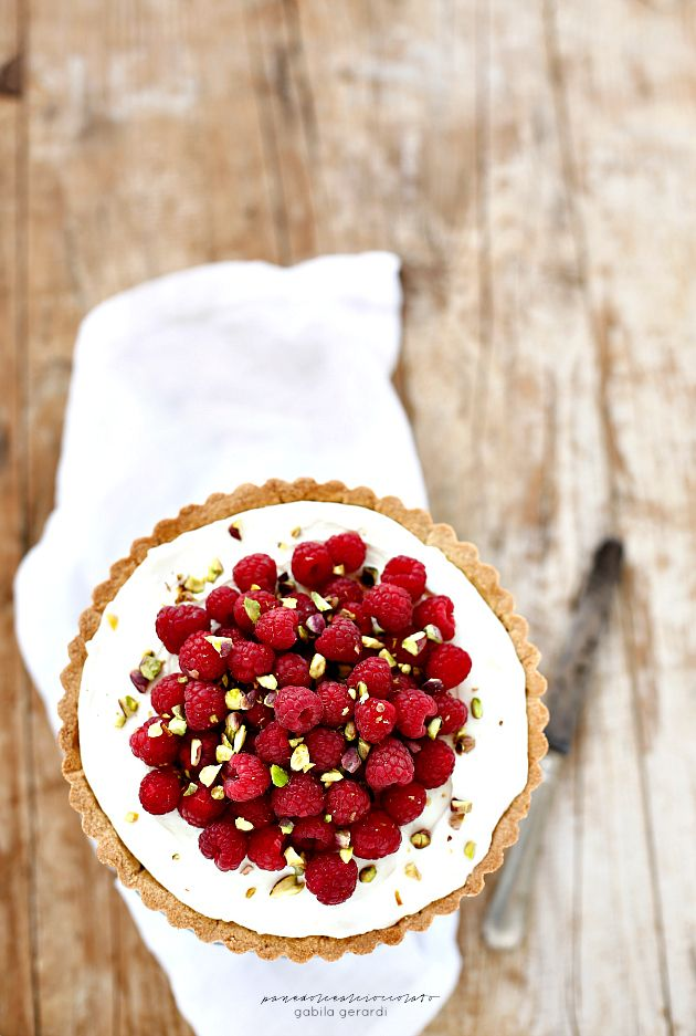 raspberry tart with mascarpone, condensed milk & ricotta cream