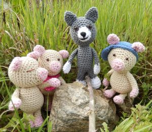 Amigurumi Wolf and Pigs - FREE Crochet Pattern / Tutorial