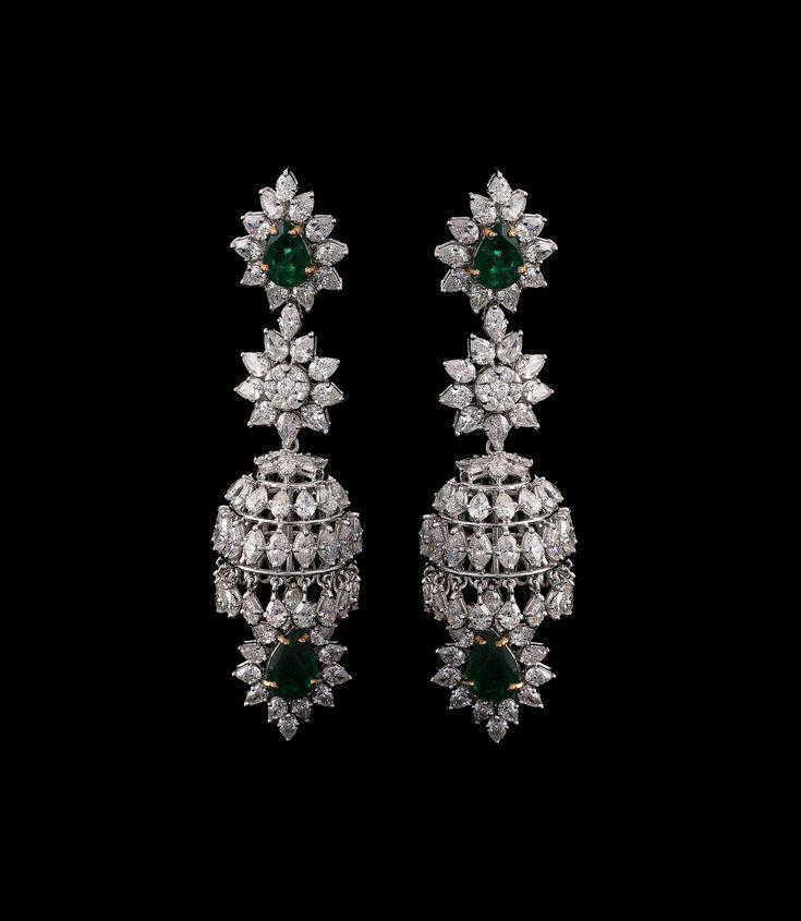 Chandelier Earrings - Sparkling diamonds emit radiant light