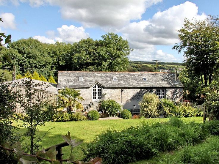 Stunning barn conversion at Lanteglos, near Camelford. Holiday barn for rent from £157/PN with the added security of our fraud protection.