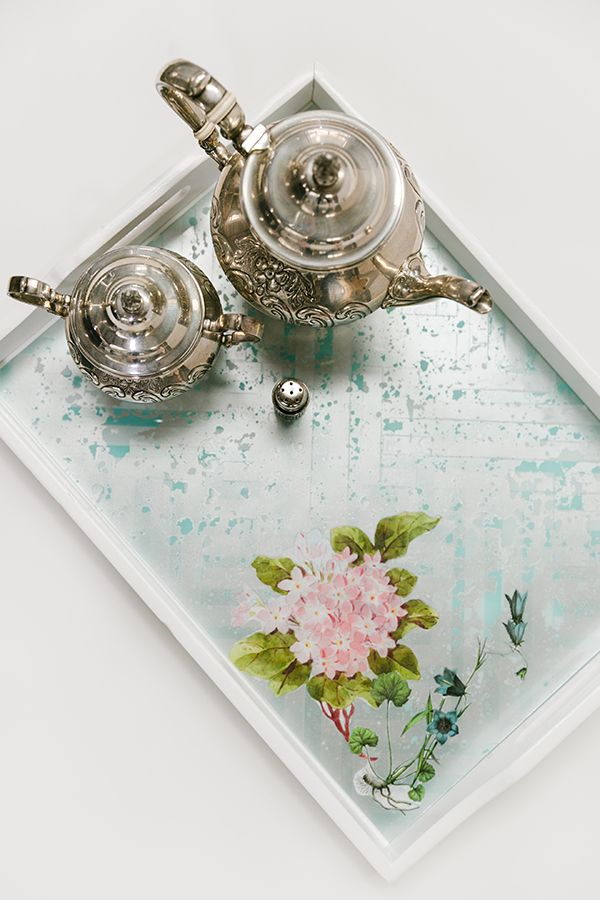 Enjoy the bragging rights with this DIY Lacquered Decoupage Tray, by @amyhowardhome.
