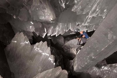 Cave of Crystals [Mexico]: World's largest known crystals.