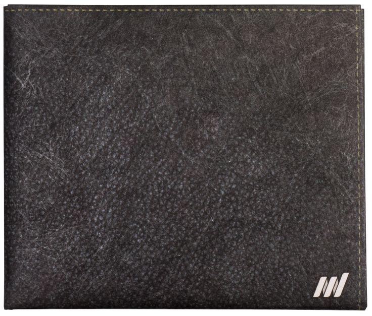 Кошелек сделан из высокотехнологичного материала Tyvek® (Тайвек). Этот материал объединил в себе лучшие свойства бумаги, пленки и ткани в одном. Даже если вы захотите утопить или порвать его голыми руками, знайте: мы сами пытались сделать это неоднократно, и у нас ничего не вышло!