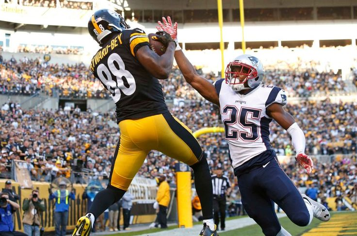 Patriots vs. Steelers:     October 23, 2016  -  27-16, Patriots  -     Pittsburgh Steelers wide receiver Darrius Heyward-Bey (88) catches a pass from quarterback Landry Jones for a touchdown with New England Patriots cornerback Eric Rowe (25) defending during the first half of an NFL football game in Pittsburgh, Sunday, Oct. 23, 2016.