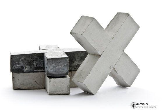 Concrete Decor X / Hugs Cement Cross natural concrete door PASiNGA