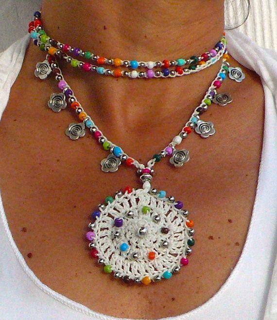 BLANCA flor MANDALA crochet COLLAR de Hippie flor por PanoParaTanto
