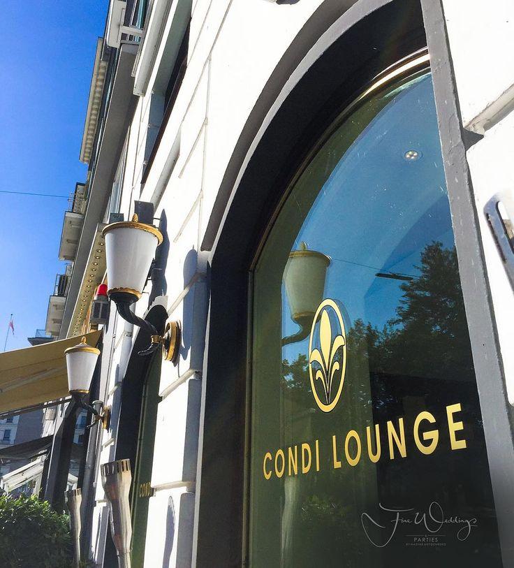 Our favourite downtown meeting alternative to our office. #thenextbigthing See you there @fairmont_hotelvierjahreszeiten #fineweddings #hochzeitsblog #weddingblogger #weddingblog #travelblogger #travelblog #hochzeitsplanerhamburg #hamburg #location #locationscouting #welovehh #hochzeit #wedding #weddingplaner #condilounge #braut2016#braut2017 #fashionblog#fashionblogger_de #luxushotel #luxury #luxurywedding #luxurytravel #luxurytravelblog