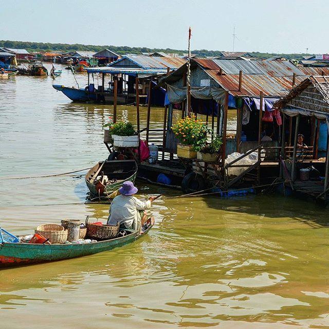 """Tonle sap - niezwykle miejsce w Kambodży 🇰🇭🇰🇭🇰🇭 #travelling #cambodia #travelblogger #asia #azja #kambodża #igtravel #travelgram #natgeo #natgeopl #prostozpodrozy #podróże #blogpodrozniczy #podroze #turystyka #traveller"" by @szukajackoncaswiata (Anna Zachariasiewicz podróże). #turismo #instalife #ilove #madeinitaly #italytravel #tour #passportready #instavacation #natgeotravel #mytinyatlas #traveldeeper #travelawesome #travelstoke #travelwriter #lonelyplanet #instalive #ilovetravel…"