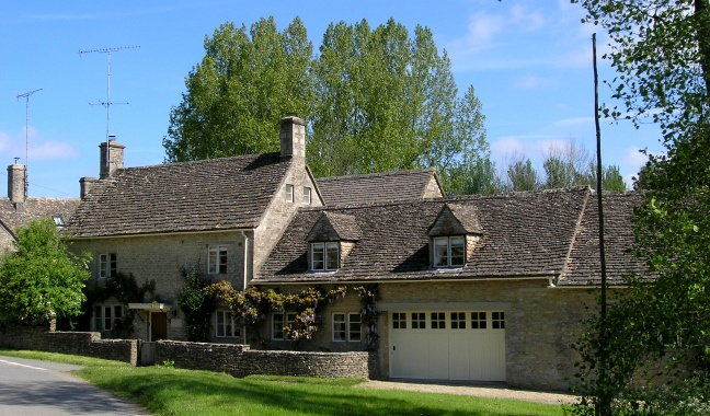 Holiday cottages cotswolds: Swan House Holiday Cottage, Cotswolds. Lovingly researched for you by boathouse19 Eton