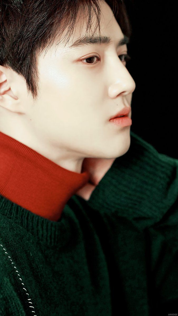 Suho of EXO ❤ He's so gorgeous! He has such flawless pale skin, rosy lips, and dreamy dark eyes!! Snow White of Korea lol