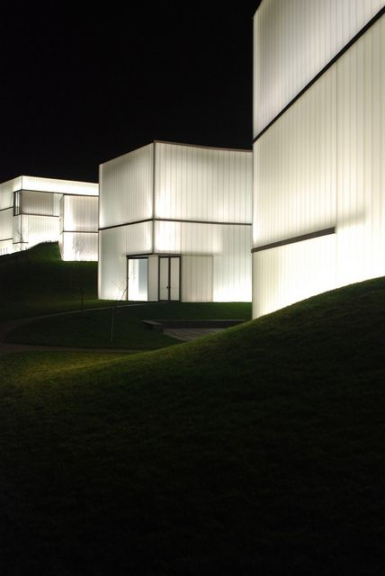 Nelson Atkins Museum by Steven Holl Architects