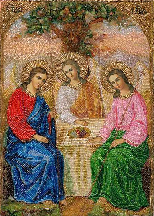 Вышитая бисером икона Святой Троицы