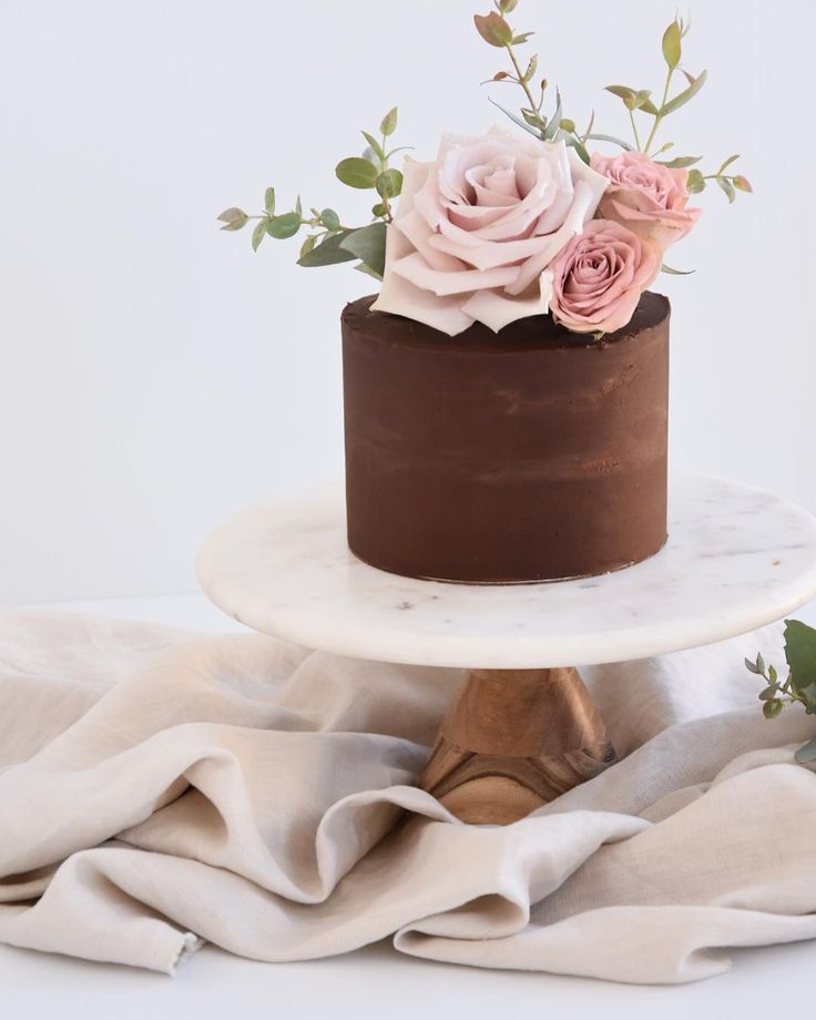 "343 Likes, 35 Comments – Teneil Kable (@teneilkablephoto) on Instagram: ""Heave… – Wedding cakes I Hochzeitstorten"