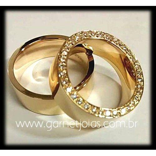Par de Alianças de Casamento de Ouro 18k com 25 Diamantes I ALIANÇAS-GARNET-048