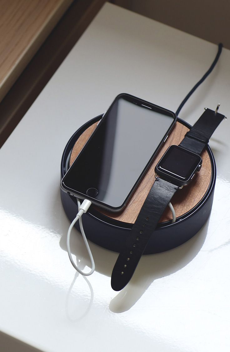 Banish messy cables and slow charging forever with ECLIPSE - the new, neater way to charge your daily devices. Native Union.: