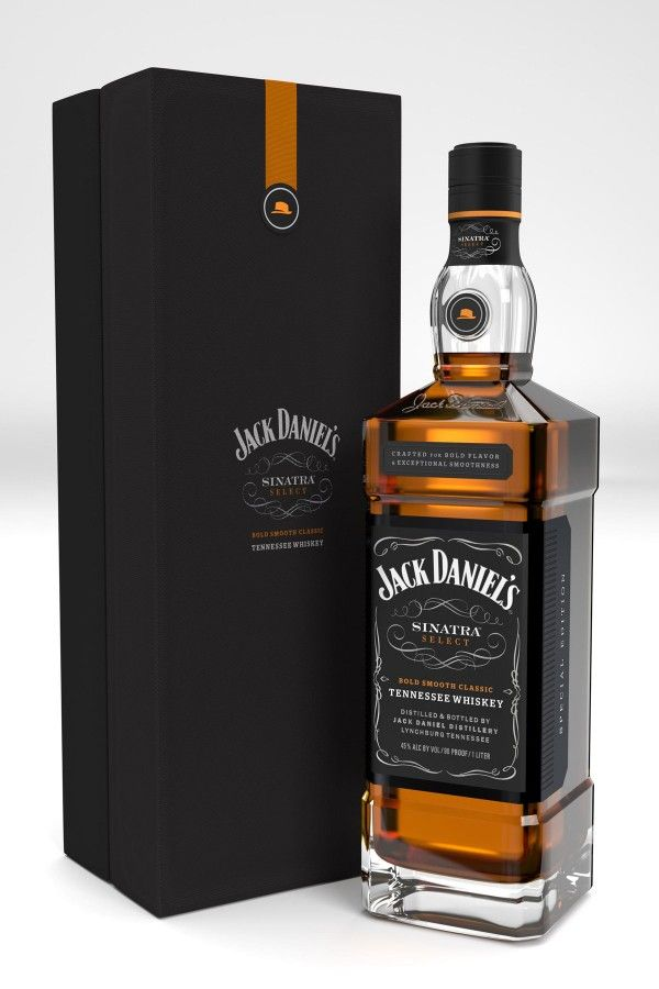 jack-daniels-special-tribute-bottle-for-frank-sinatra