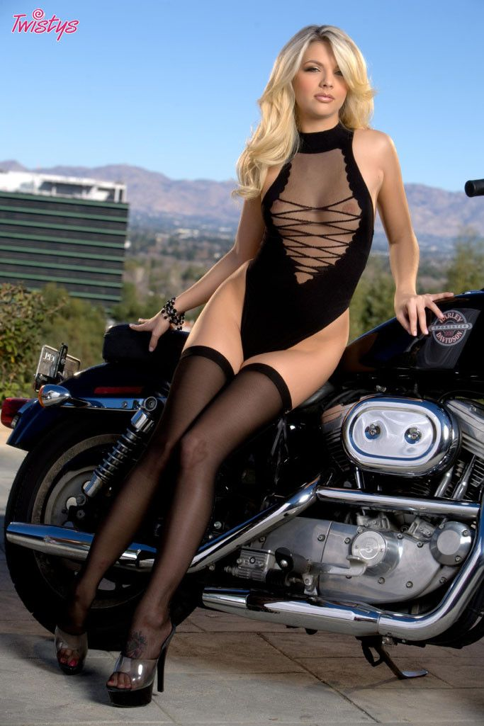 Jana Jordan And Harley Davidson Motorcycles Girls