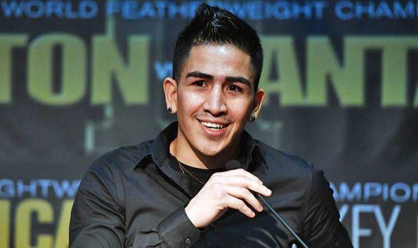 Leo Santa Cruz to fight for Mexican pride in second showdown with Carl Frampton