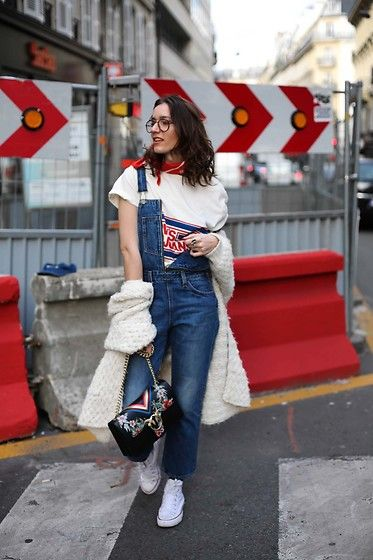 Get this look: http://lb.nu/look/8662733 More looks by Laugh of Artist: http://lb.nu/laughofartist Items in this look: Levis Top, Levis Salopette, Pinko Bag #casual #minimal #street