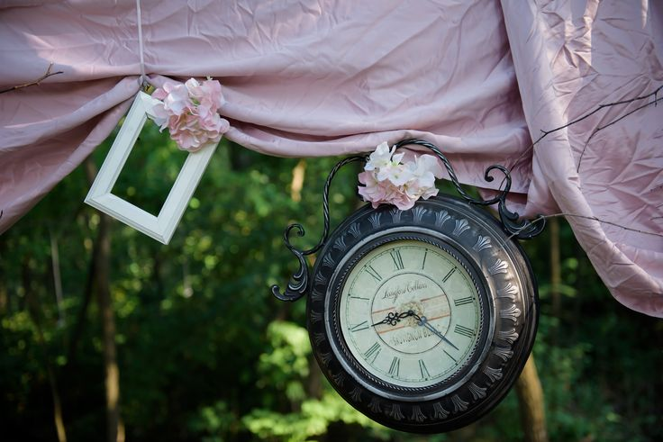 Fairy tale wedding inspiration decoration - old clock and picture frame