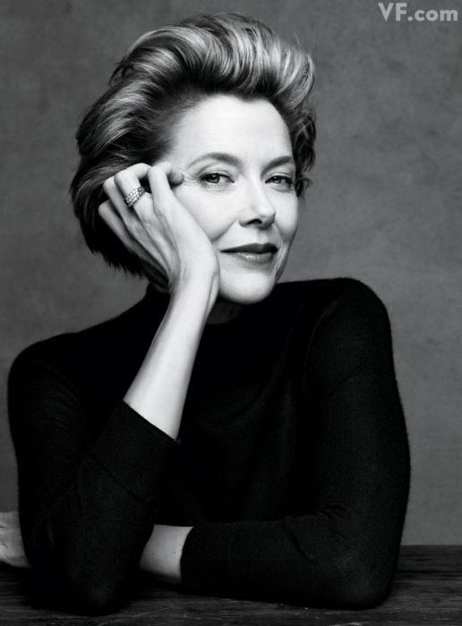 Annette Bening:    Http://www.vanityfair.com/culture/features/2011/12/the-year-in-photos-201112#slide=9