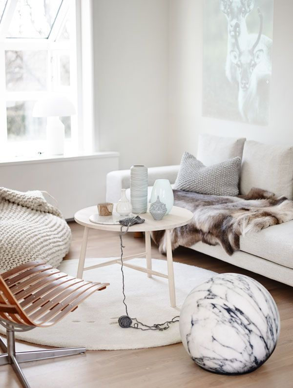 A COZY SCANDINAVIAN WINTER HOME | THE STYLE FILES