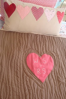 QUILT BARN: Valentine Tree Carving Quilt. Tree quilt with initials carved in