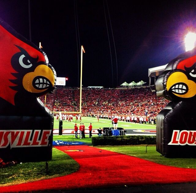 University of Louisville , KY----Love to cheer for multiple sports! Football games are so much fun!!