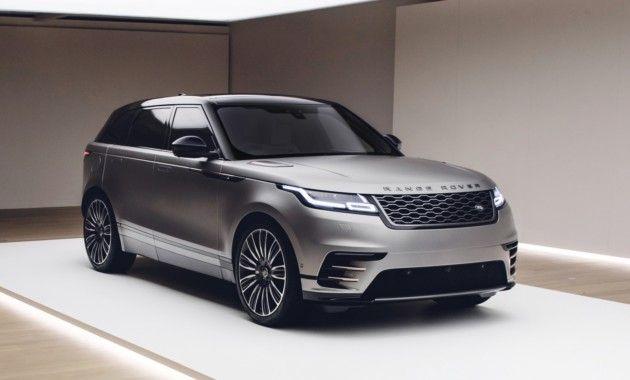 Российский офис Land Rover опубликовал прайс-лист совершенно нового кроссовера RR Velar. Старт продаж модели намечен на осень текущего года. Новый Range Rover Velar доступен россиянам в трех версиях: базовой, R-Dynamic и топовой First Edition. Ожидается, что самый дорогой вариант исполнения будет предлагаться только в течение первого года. Бензиновая линейка моторов включает «четверку» 2.0 и V6 …