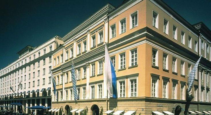 泊ってみたいホテル・HOTEL|ドイツ>ミュンヘン>バイエルン国立歌劇場、ホフブロイハウス・ビアホールなどの観光スポットまで徒歩5分>バイエリッシャー ホフ(Bayerischer Hof)   http://keymac.blogspot.com/2014/11/hotel5-bayerischer-hof.html?spref=tw
