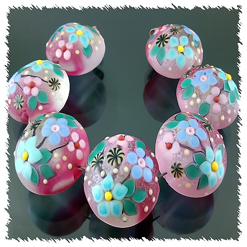 PIKALDA=handmade lampwork 7 beads glass=AFFECTION=SRA
