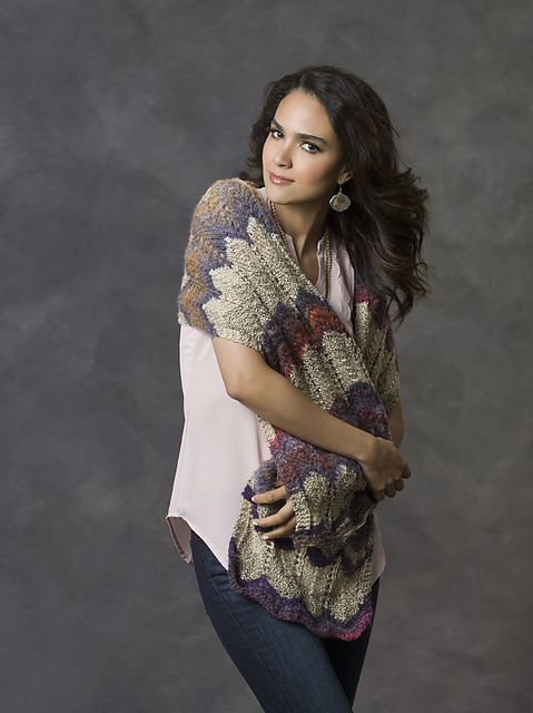 Romancing the Shawl free pattern by Cathy Payson
