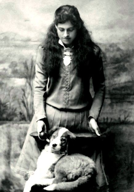 A rare image of Annie Oakley. Why rare? . . . In this beautiful photograph of Annie she's is not holding a gun!